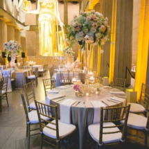 weddings at the parthenon, peach and blush centerpiece