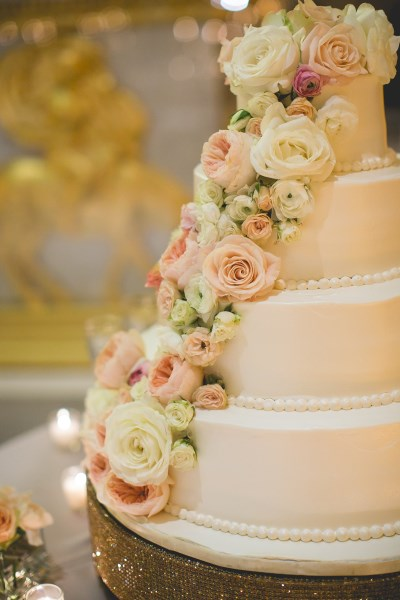 4 tier, cake, flowers