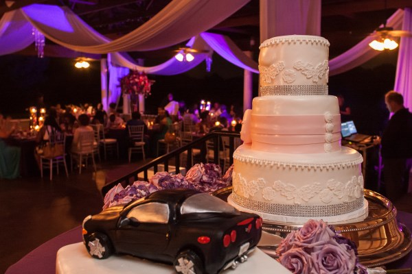 wedding cakes, grooms cake