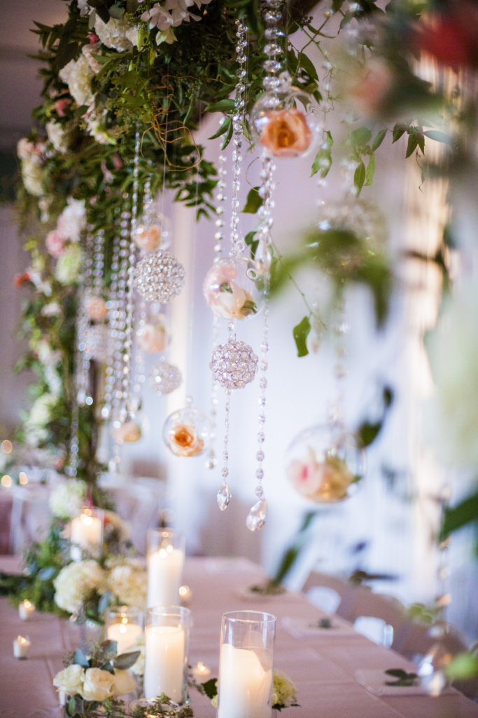 jewels, hanging pieces, white and pink flowers