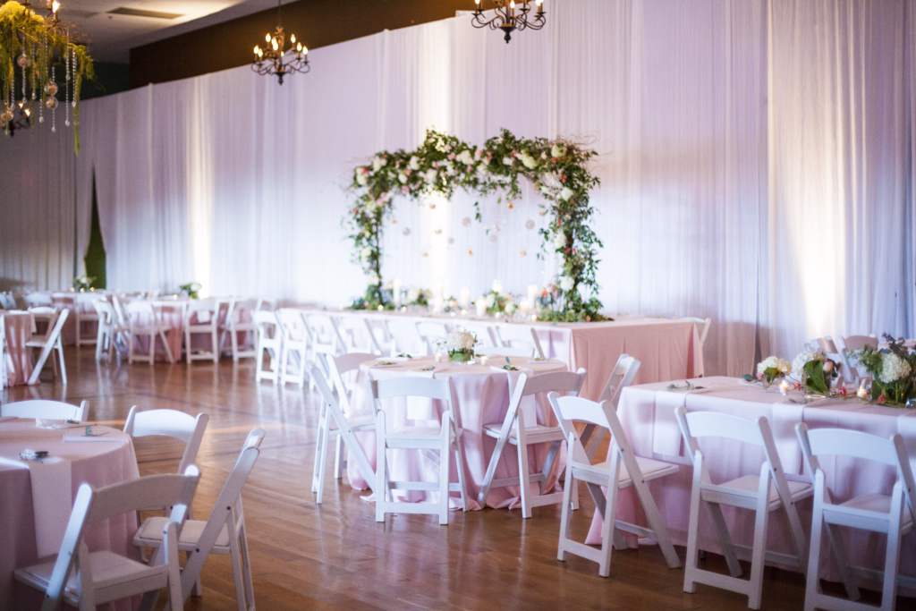 nashville wedding, pink and green decor