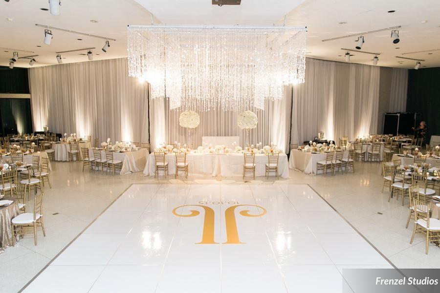 nashville wedding planner, decor, chandelier , luxury wedding, cheekwood gardens, Massey Hall