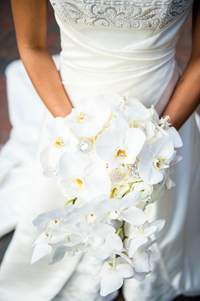 bride bouquet, roses, orchids, white