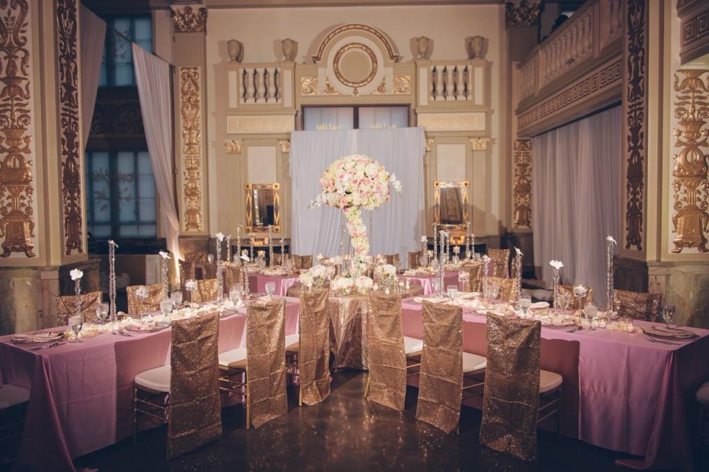 reception, large centerpiece, memphis reception