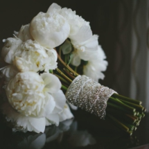 brides bouquet, peonies, white