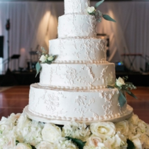 wedding cake, detail, roses, flowers