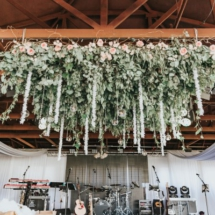hanging centerpiece, greenery, roses