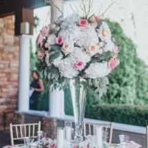 centerpiece, roses, hydrangeas, pink, white, green